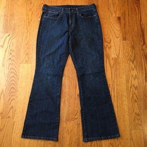 EUC Woman's Levi's flare jeans size 10S